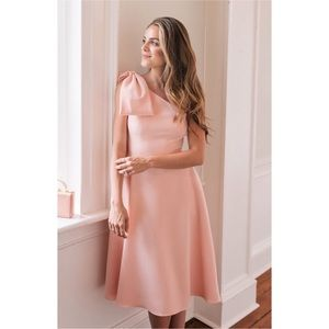 Gal Meets Glam Yvonne Dress in Rose Quartz Pink 6